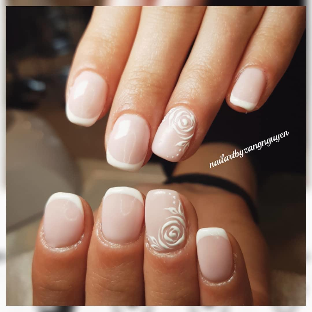 22 french manicure ideas and designs 2019 1 - 22 French Manicure Ideas and Designs 2019