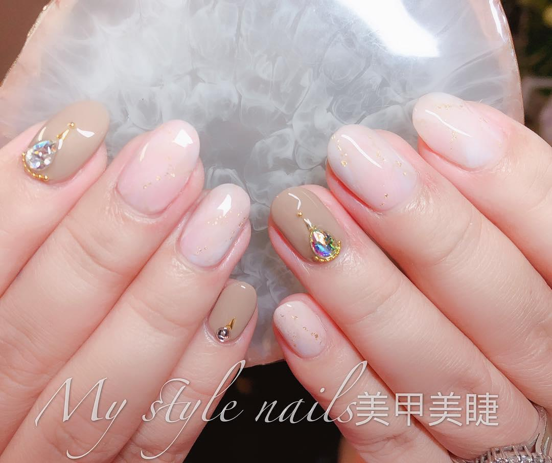 22 french manicure ideas and designs 2019 16 - 22 French Manicure Ideas and Designs 2019