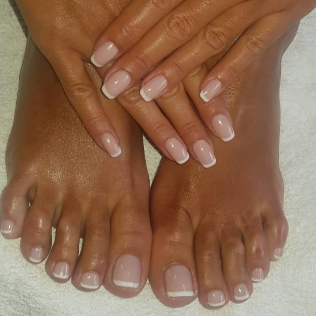 22 french manicure ideas and designs 2019 18 - 22 French Manicure Ideas and Designs 2019