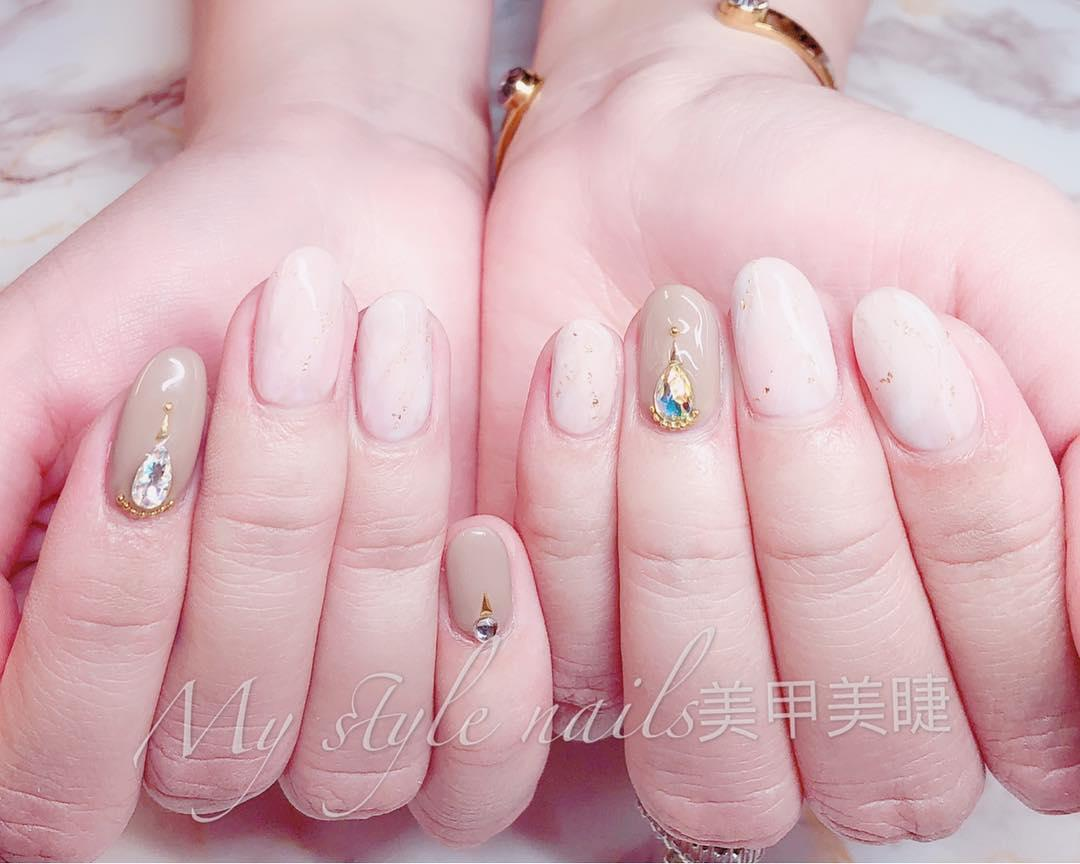 22 french manicure ideas and designs 2019 19 - 22 French Manicure Ideas and Designs 2019
