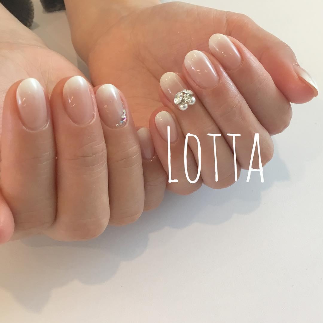 amazing diamond nail design ideas 2019 13 - Amazing Diamond Nail Design Ideas 2019