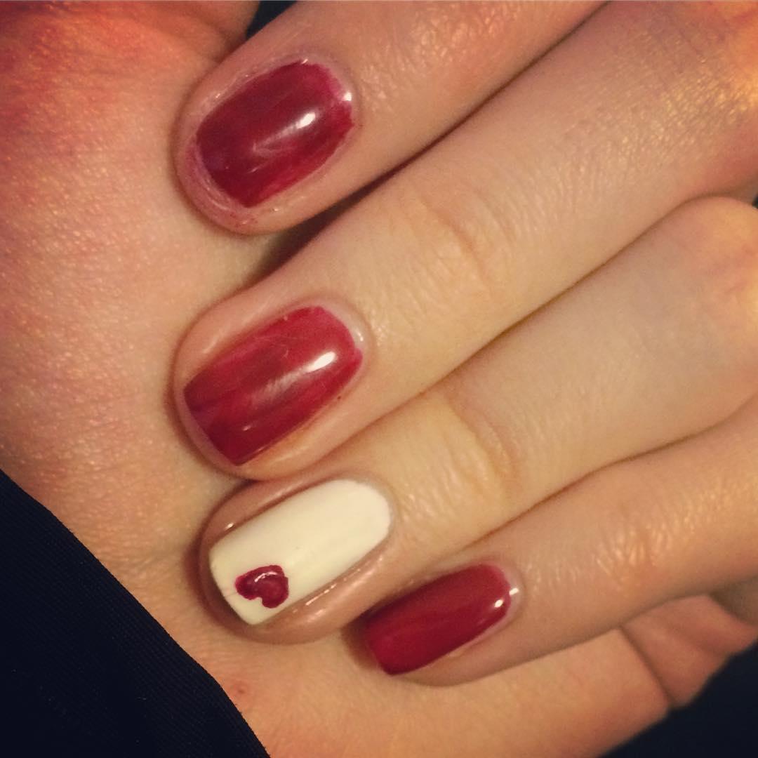 amazing valentines nail art designs 2019 7 - 12 Amazing Valentine's Nail Art Designs 2019