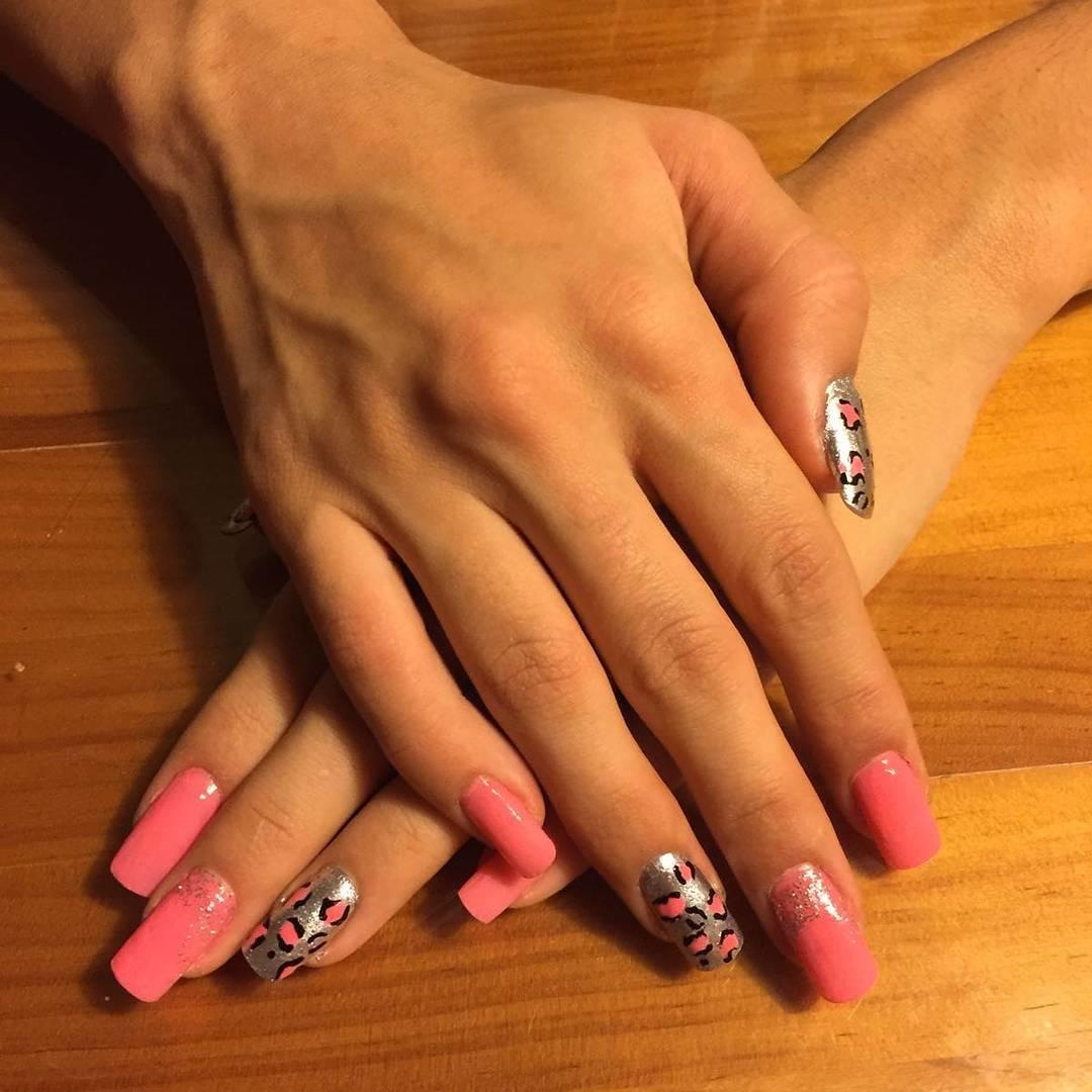 cheetah nail art designs and ideas for 2019 15 - 25 Cheetah Nail Art Designs and Ideas for 2019