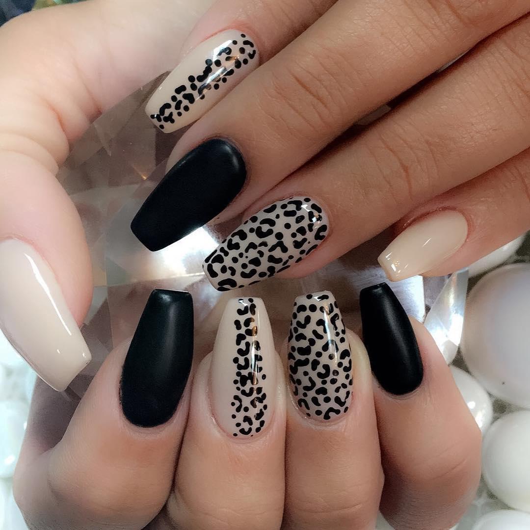 cheetah nail art designs and ideas for 2019 16 - 25 Cheetah Nail Art Designs and Ideas for 2019