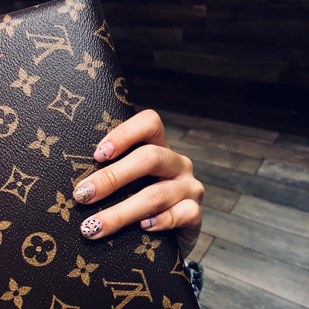 cheetah nail art designs and ideas for 2019 - 25 Cheetah Nail Art Designs and Ideas for 2019