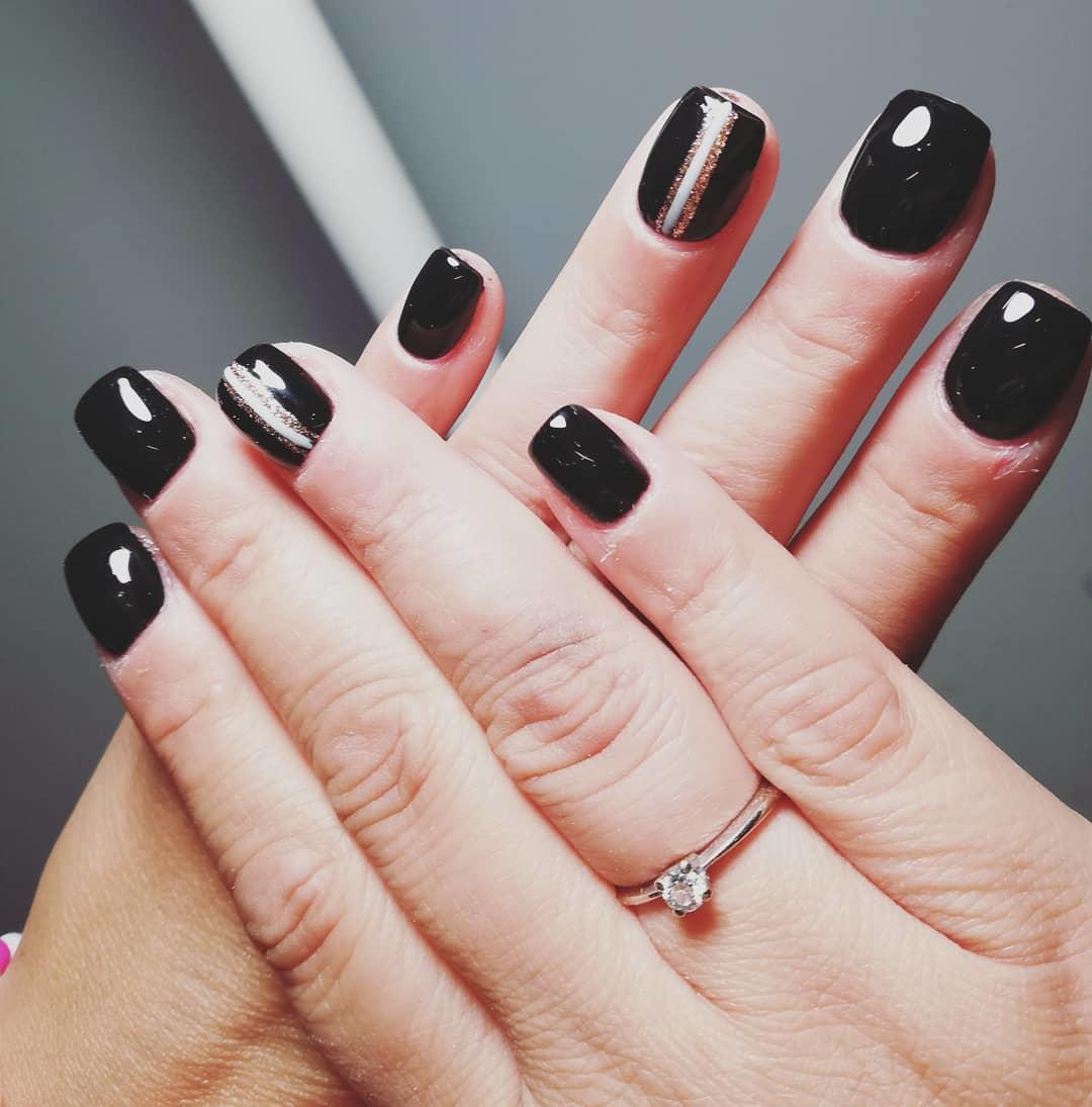 elegant black nail designs 2019 10 - Elegant Black Nail Designs 2019