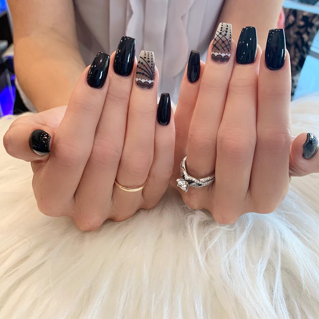 elegant black nail designs 2019 13 - Elegant Black Nail Designs 2019