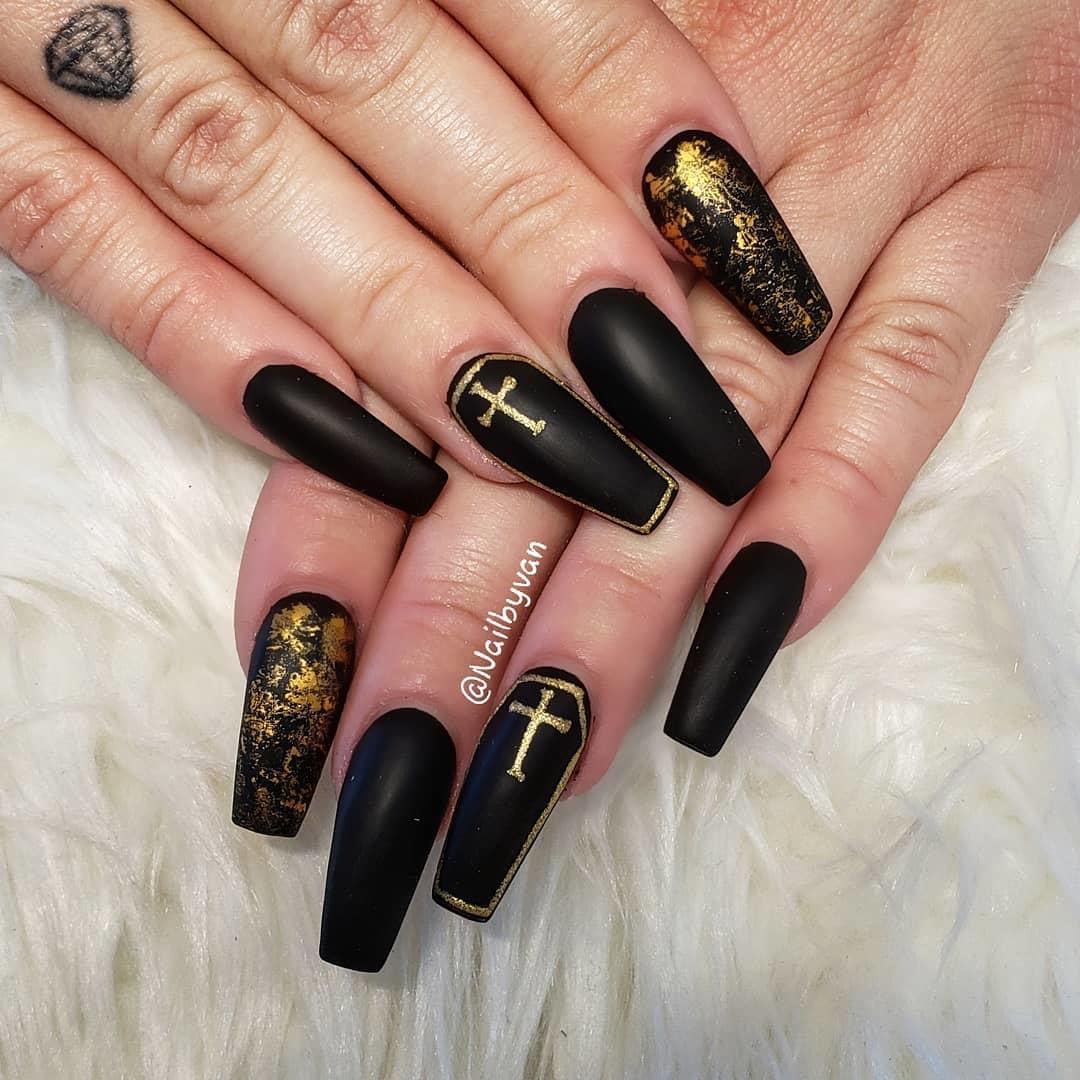 elegant black nail designs 2019 3 - Elegant Black Nail Designs 2019