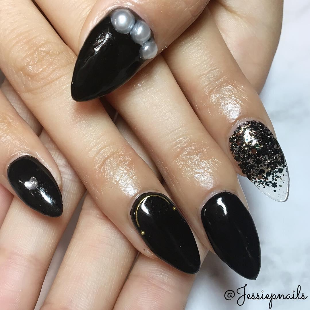 elegant black nail designs 2019 8 - Elegant Black Nail Designs 2019