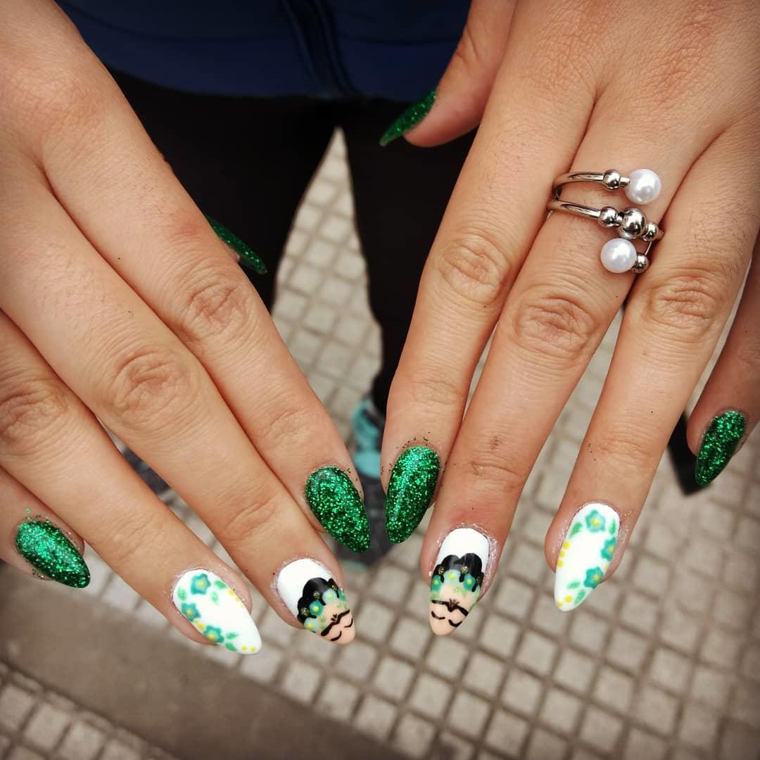 green nail art ideas and designs for 2019 15 - 17 Green Nail Art Ideas and Designs for 2019