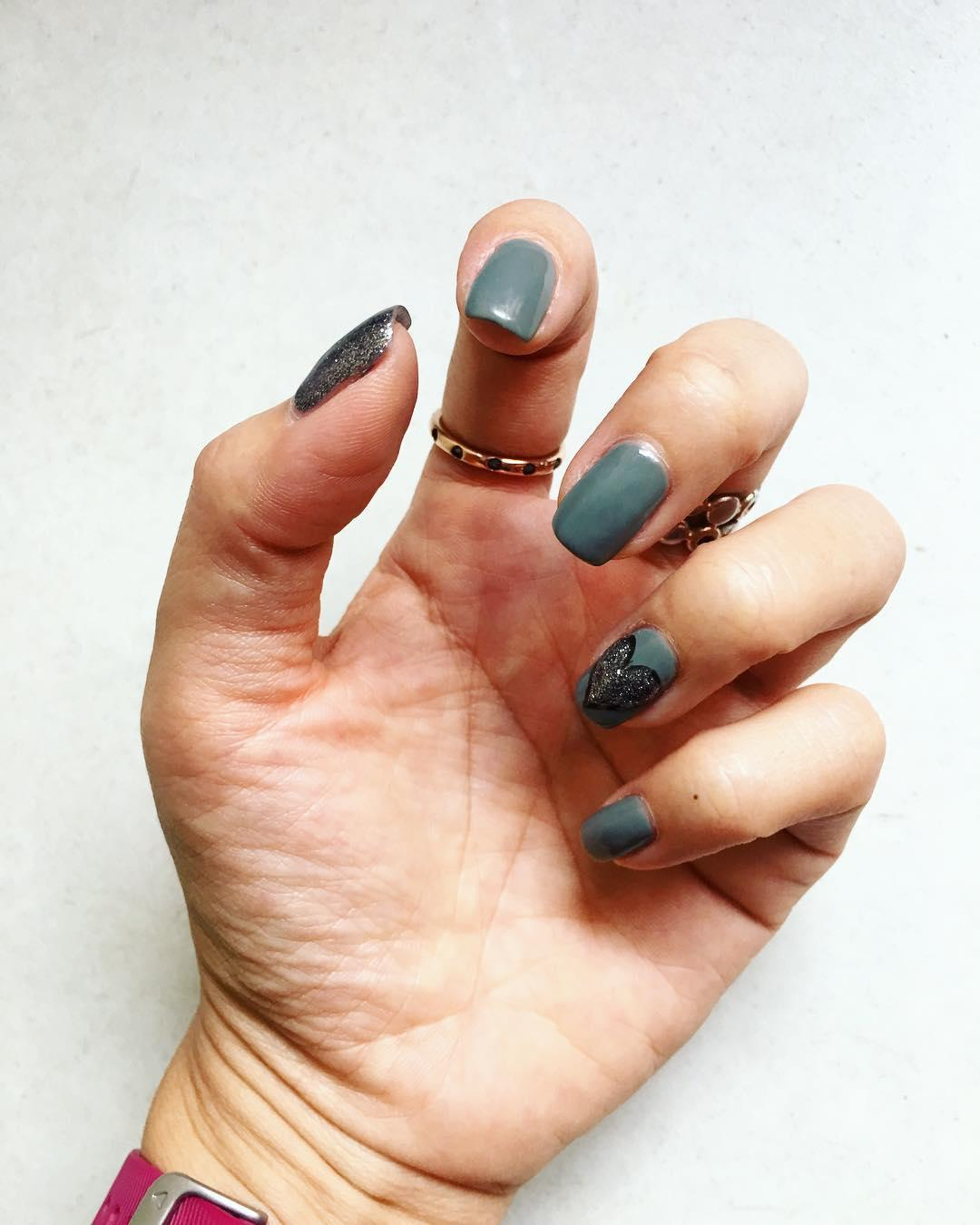 green nail art ideas and designs for 2019 9 - 17 Green Nail Art Ideas and Designs for 2019