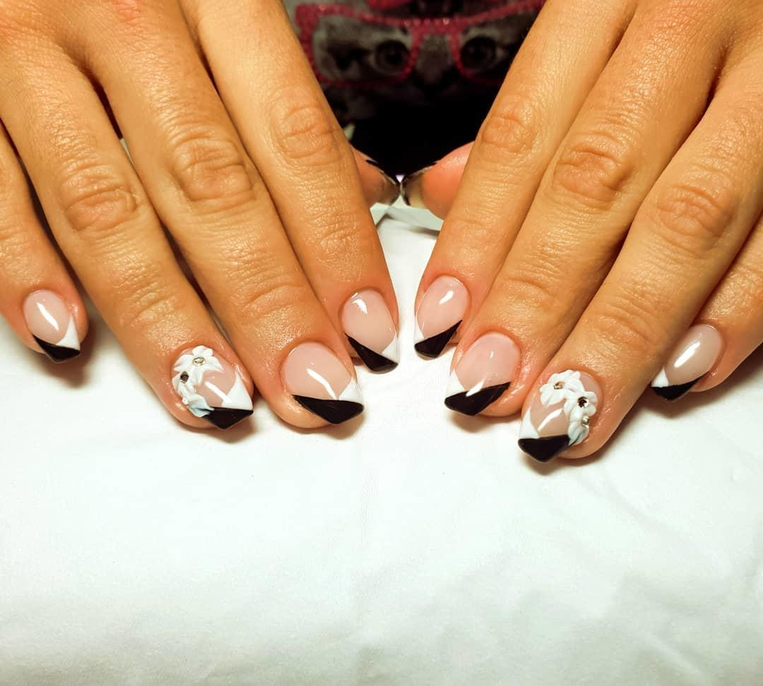 incredible black and white nail designs 1 - 16 Incredible Black and White Nail Designs