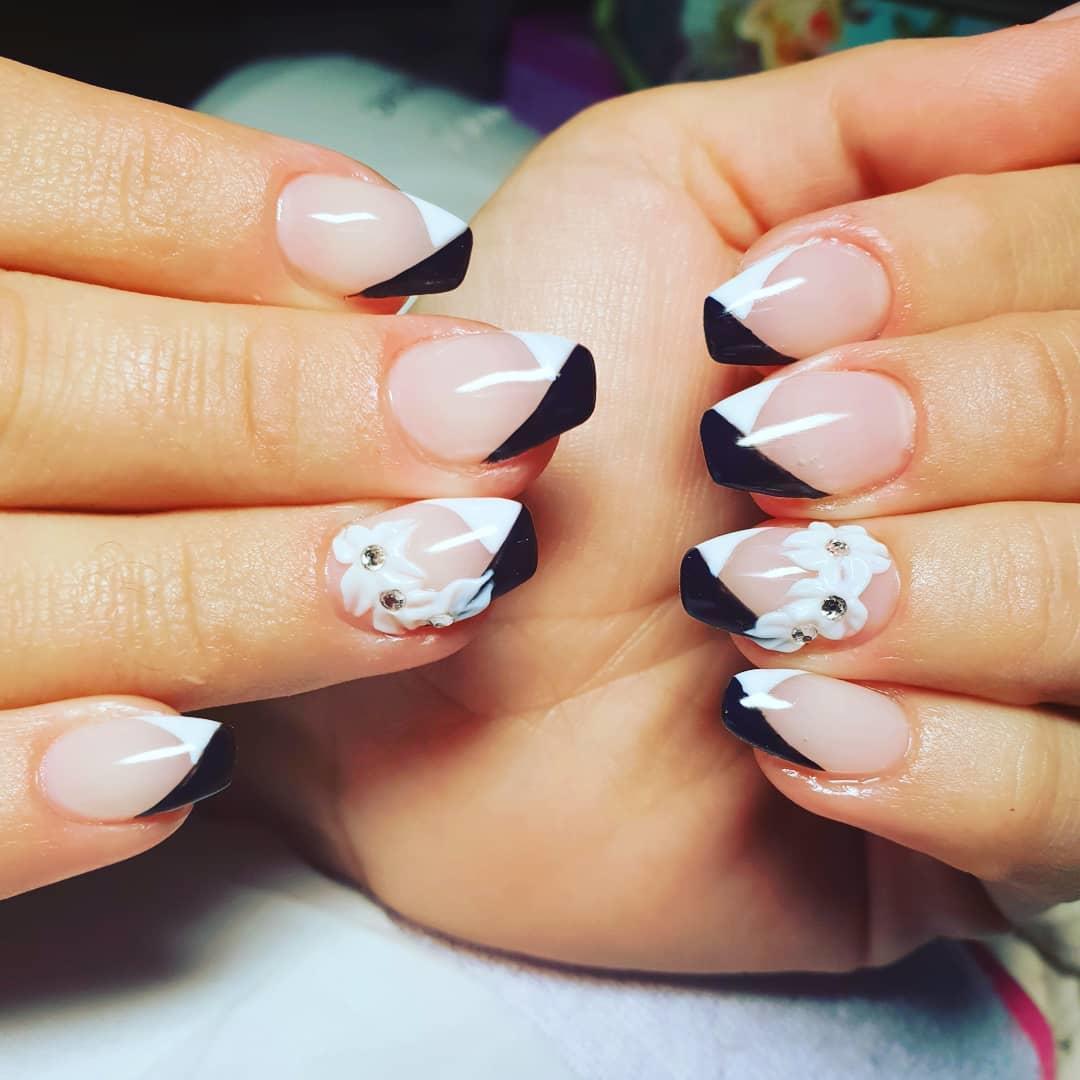 incredible black and white nail designs 13 - 16 Incredible Black and White Nail Designs