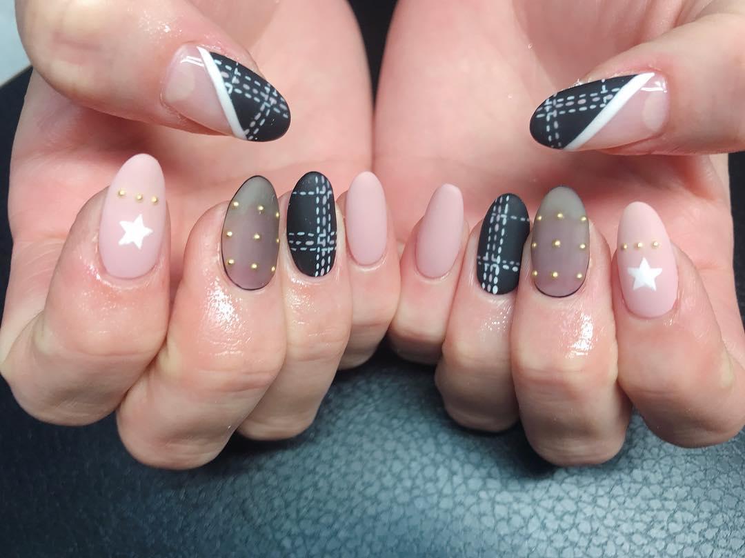 inspiring winter nail designs 2019 17 - Inspiring Winter Nail Designs 2019