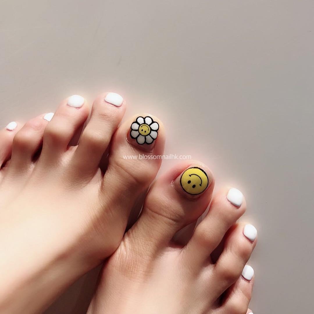 pretty toe nail design ideas 2019 11 - 15 Pretty Toe Nail Design Ideas 2019
