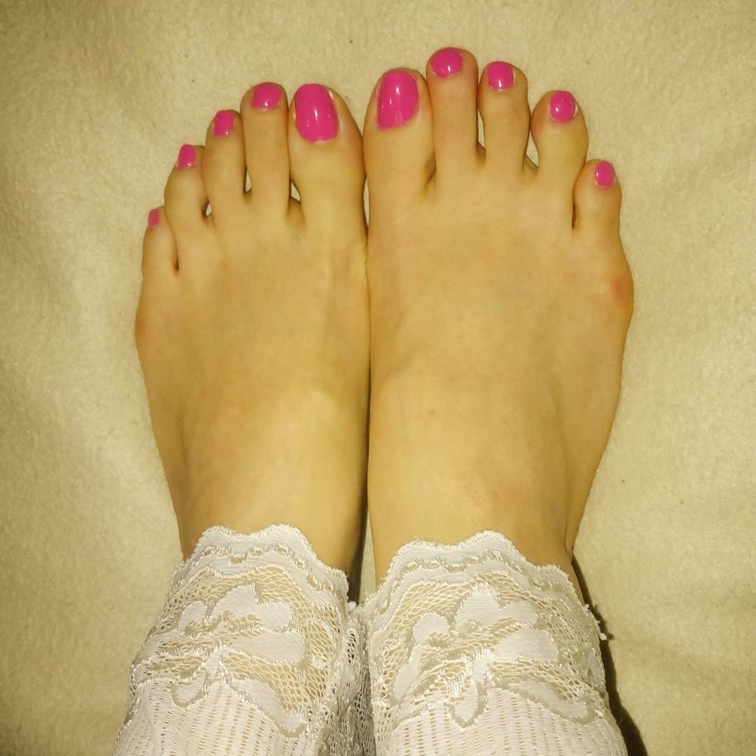 pretty toe nail design ideas 2019 5 - 15 Pretty Toe Nail Design Ideas 2019
