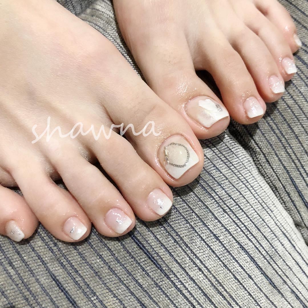 pretty toe nail design ideas 2019 8 - 15 Pretty Toe Nail Design Ideas 2019