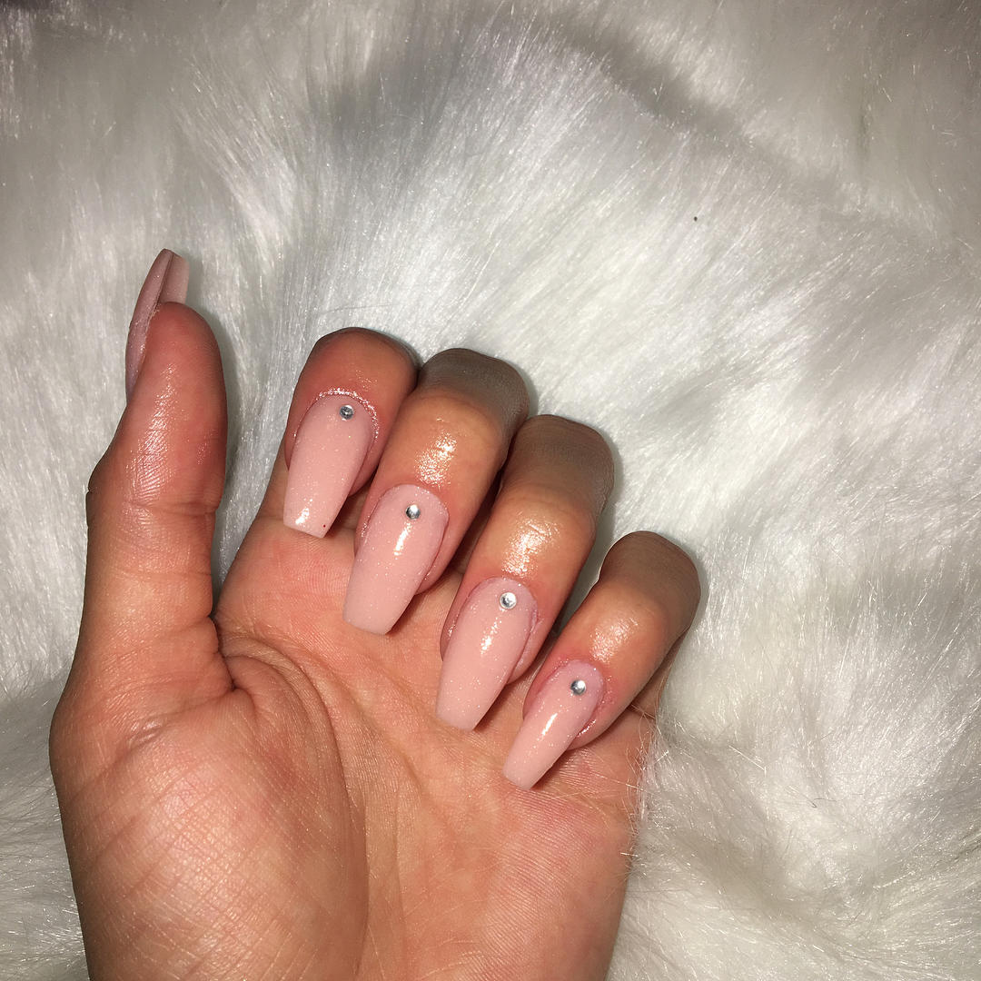 simple and easy nail art ideas 2019 24 - Simple And Easy Nail Art Ideas 2019