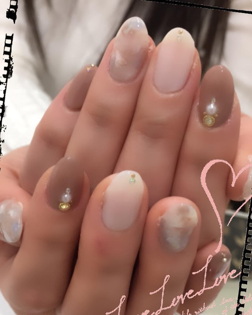 simple flower nail design ideas 2019 10 - 24 Simple Flower Nail Design Ideas 2019