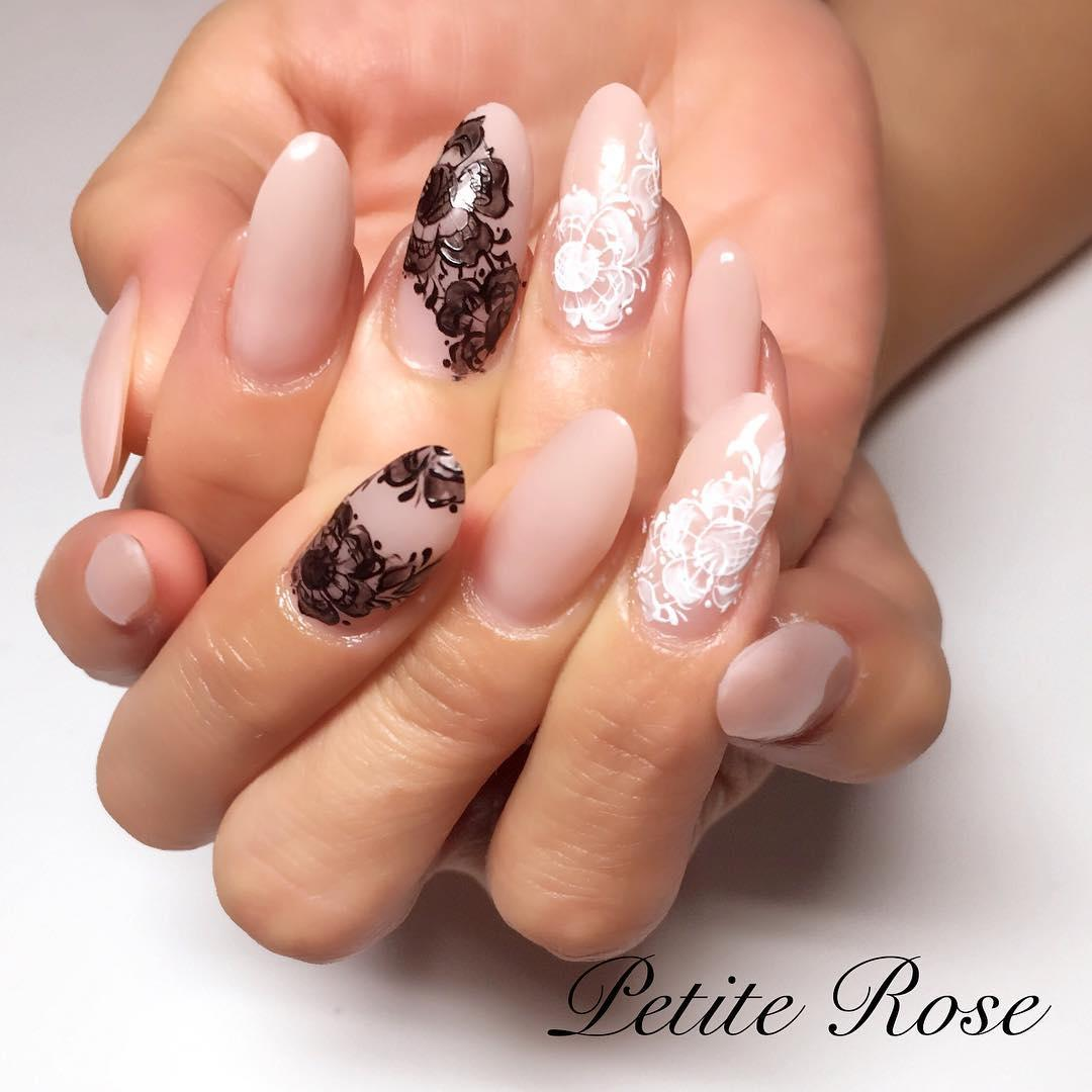 simple flower nail design ideas 2019 14 - 24 Simple Flower Nail Design Ideas 2019