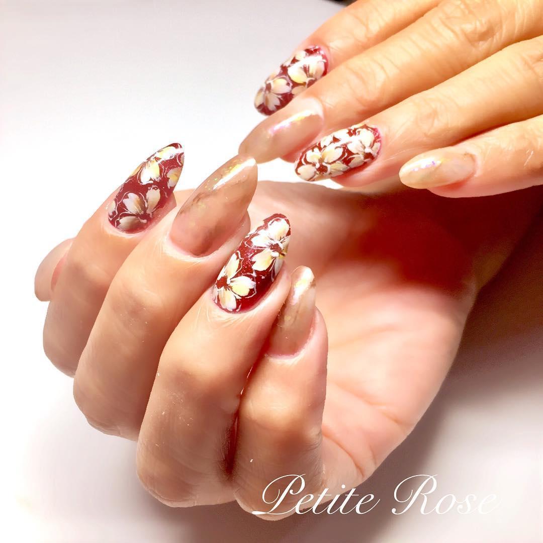 simple flower nail design ideas 2019 16 - 24 Simple Flower Nail Design Ideas 2019