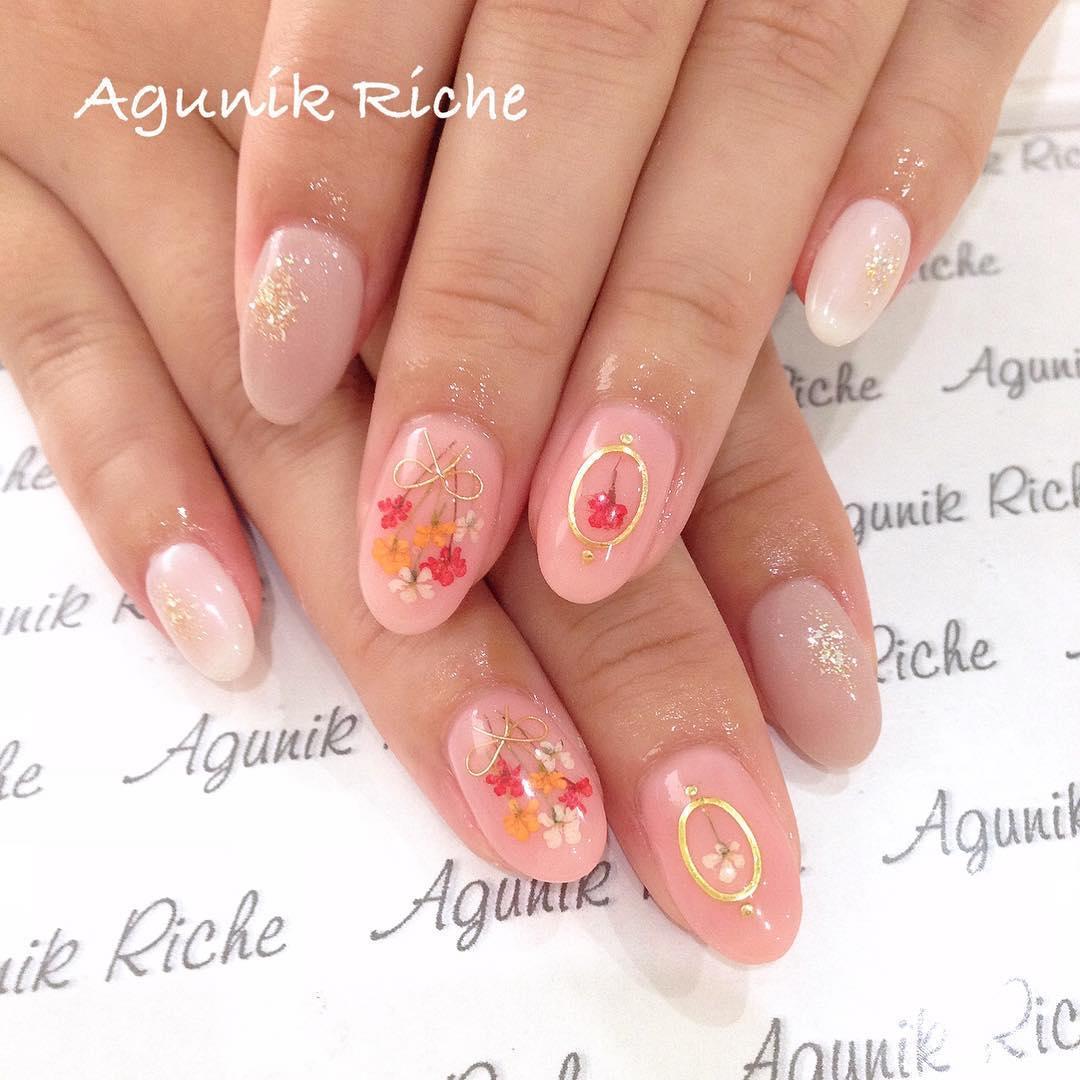 simple flower nail design ideas 2019 5 - 24 Simple Flower Nail Design Ideas 2019