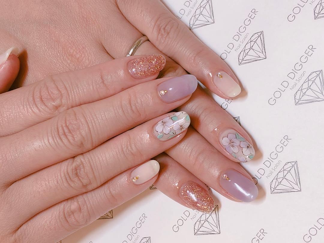 simple flower nail design ideas 2019 8 - 24 Simple Flower Nail Design Ideas 2019