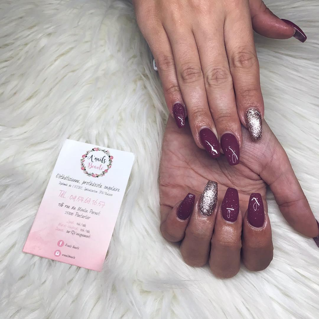 smashing glitter nail polish designs and ideas 2019 13 - Smashing Glitter Nail Polish Designs and Ideas 2019