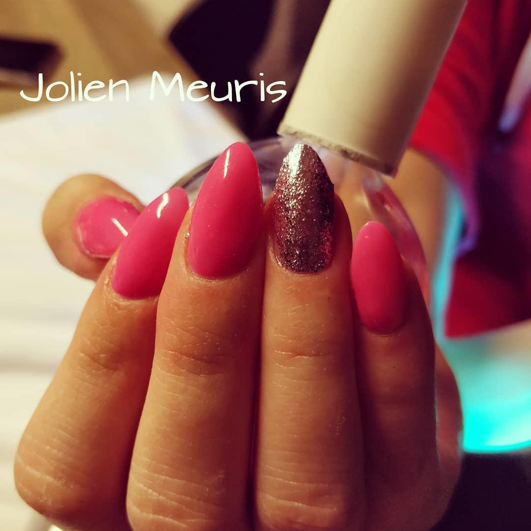 smashing glitter nail polish designs and ideas 2019 20 - Smashing Glitter Nail Polish Designs and Ideas 2019