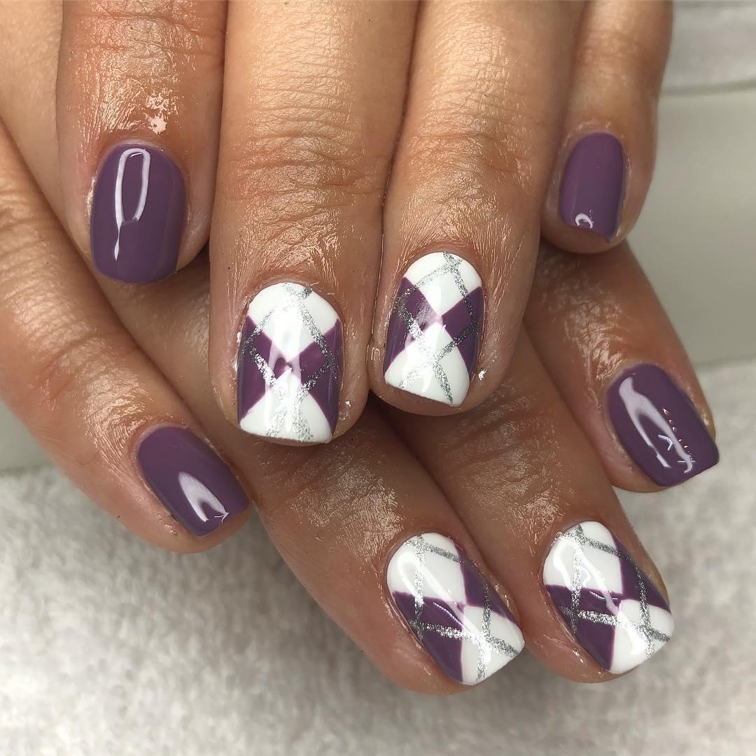 smashing glitter nail polish designs and ideas 2019 23 - Smashing Glitter Nail Polish Designs and Ideas 2019