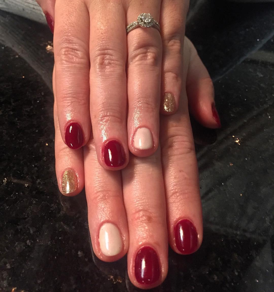 smashing glitter nail polish designs and ideas 2019 25 - Smashing Glitter Nail Polish Designs and Ideas 2019