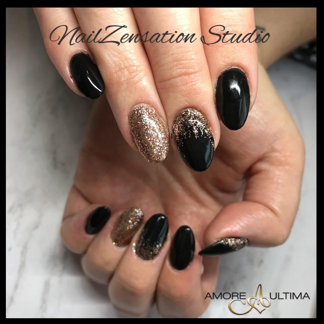 smashing glitter nail polish designs and ideas 2019 27 - Smashing Glitter Nail Polish Designs and Ideas 2019