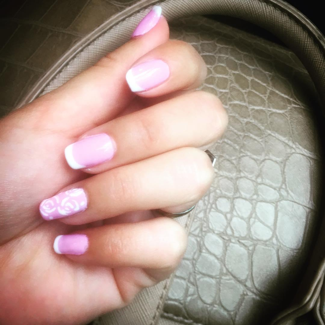 special french manicure nail designs 14 - 14 Special French Manicure Nail Designs