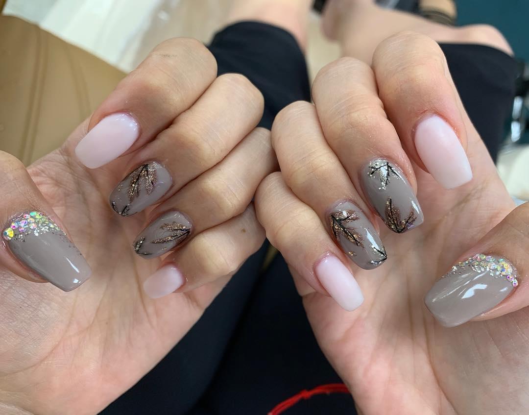 spring nail 16 - 23 Cute Spring Nail Designs 2019