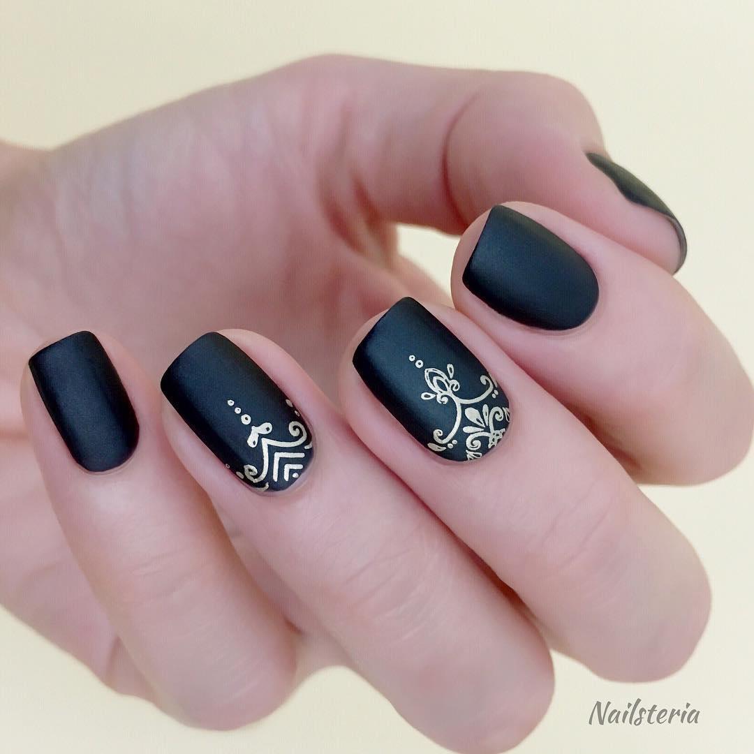 trendy black nail art designs and ideas 2019 11 - Trendy Black Nail Art Designs and Ideas 2019