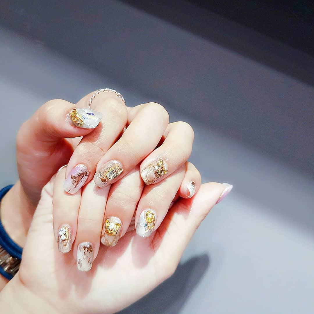 wedding nail designs 4 - 22 Stunning Wedding Nail Designs 2019